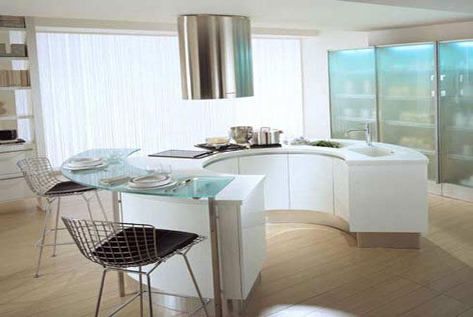 интерьер квартиры в доме с эркером