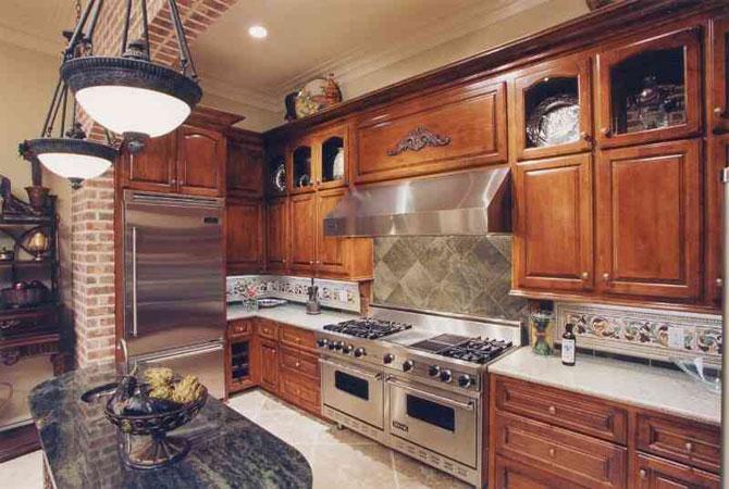 интерьер кухни в маленьких квартирах