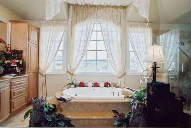 шторы в интерьере дома